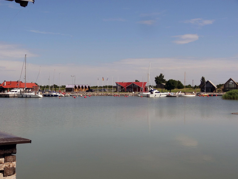 Hafen von Orjaku
