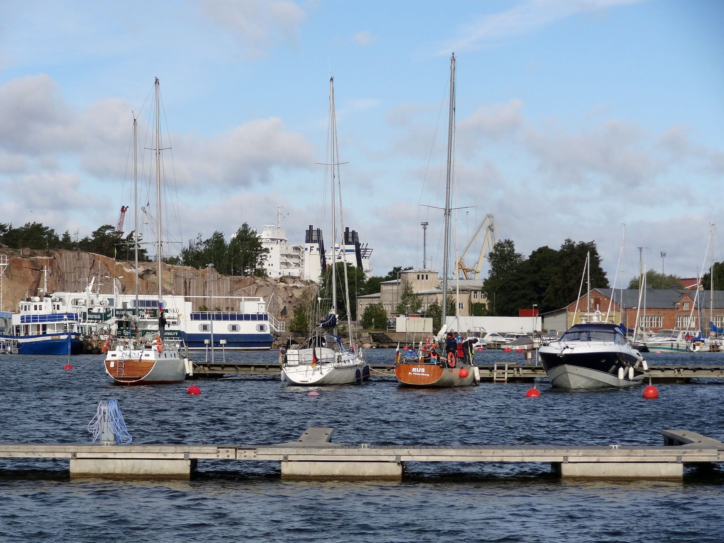 Leerer Hafen in Hanko