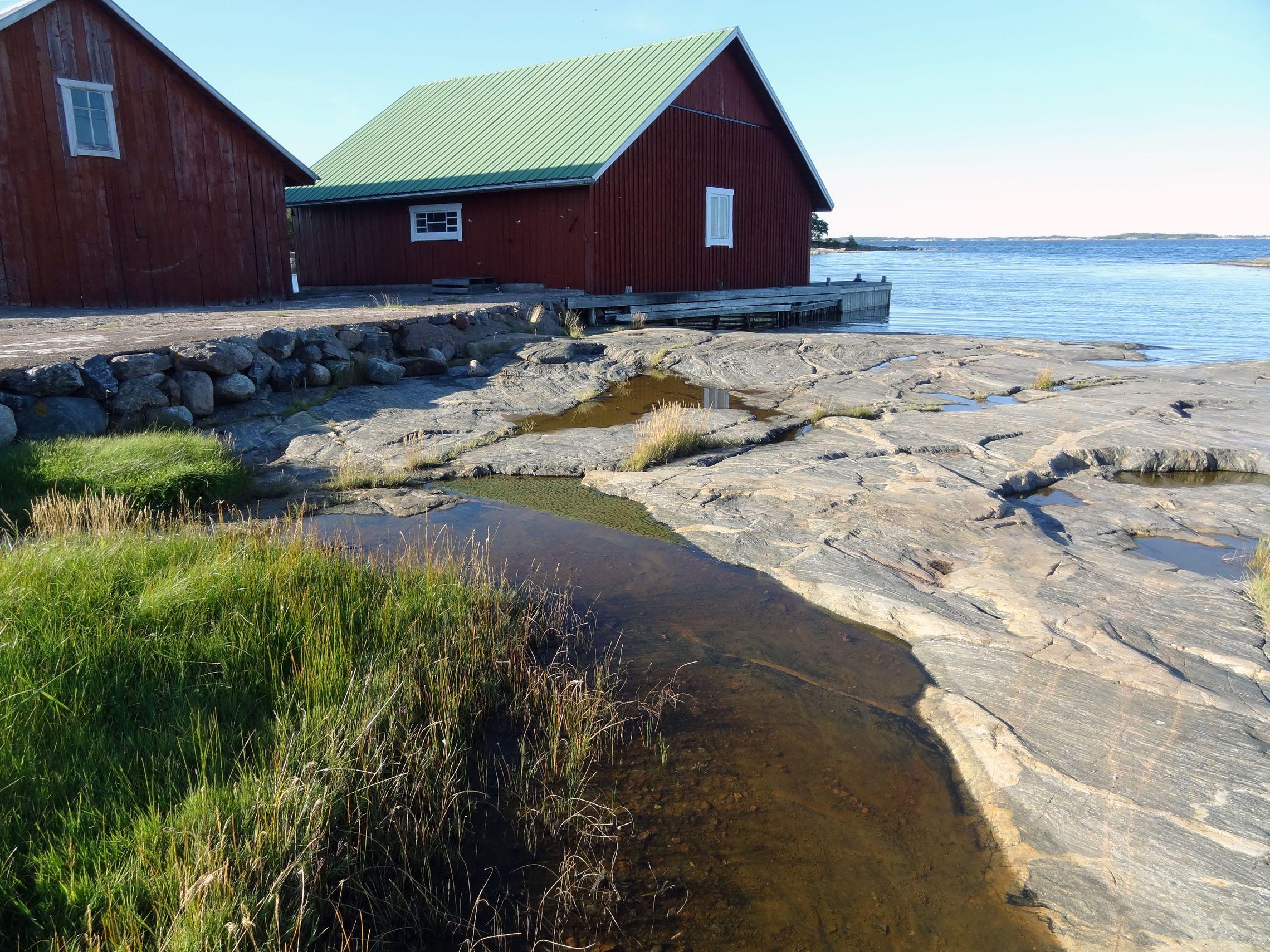 Bootshäuser im Fischerhafen Skage