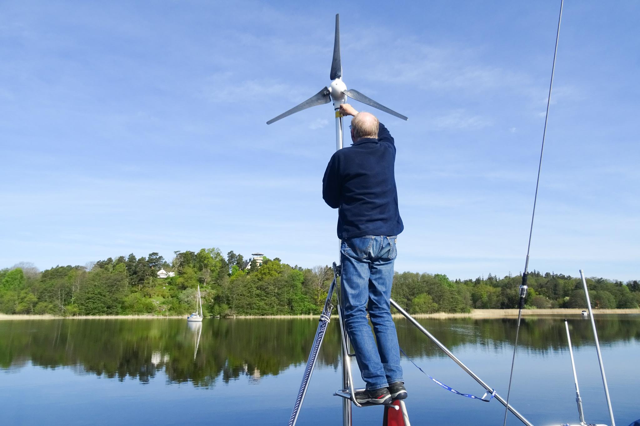 ... am Windgenerator