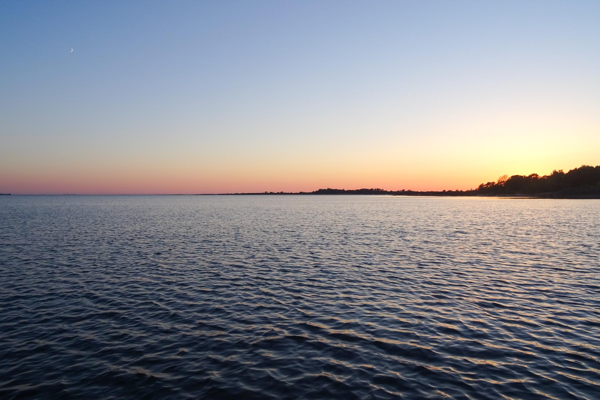 Auch die Ostsee schimmert in allen Rottönen