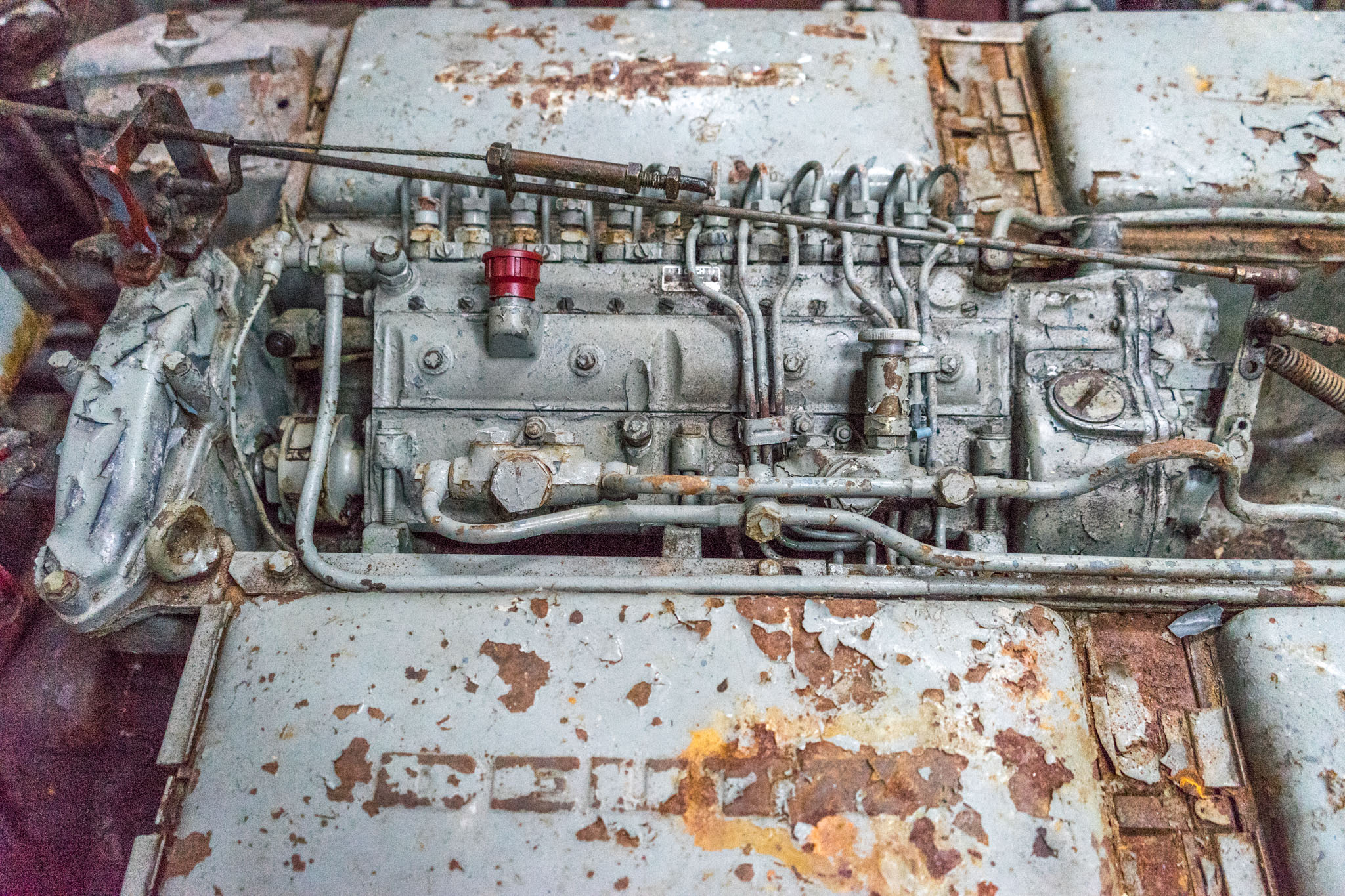 12 Zylinder von Deutz