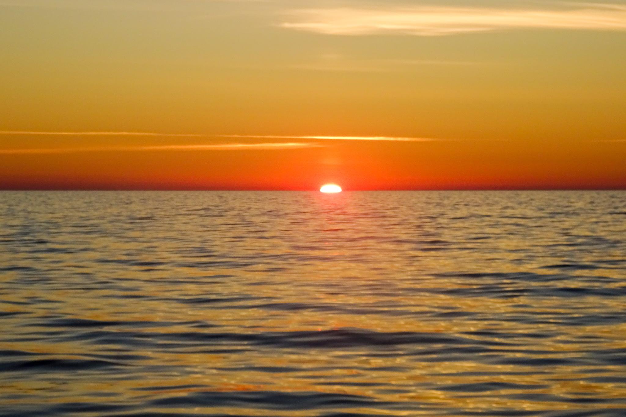 Sonnenuntergang 23:30 Uhr