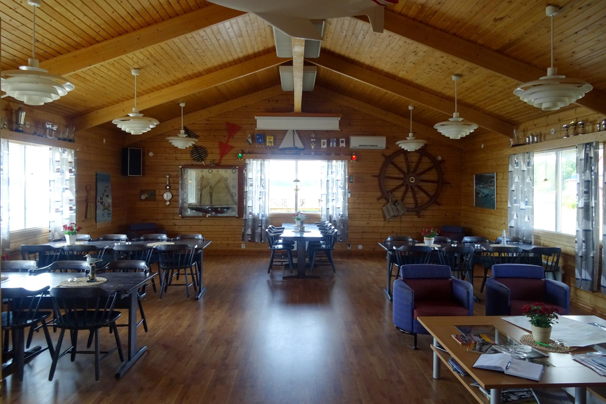 Clubhaus - immer von 08:00 - 22:00 Uhr geöffnet