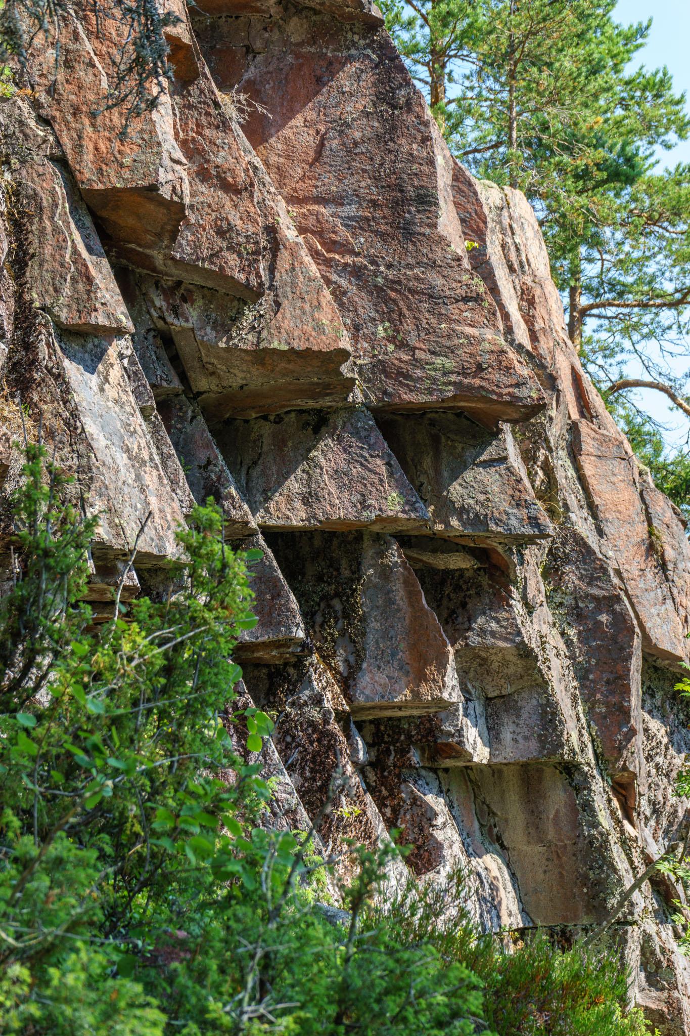 "Felsformationen neben der ""Grotta"""