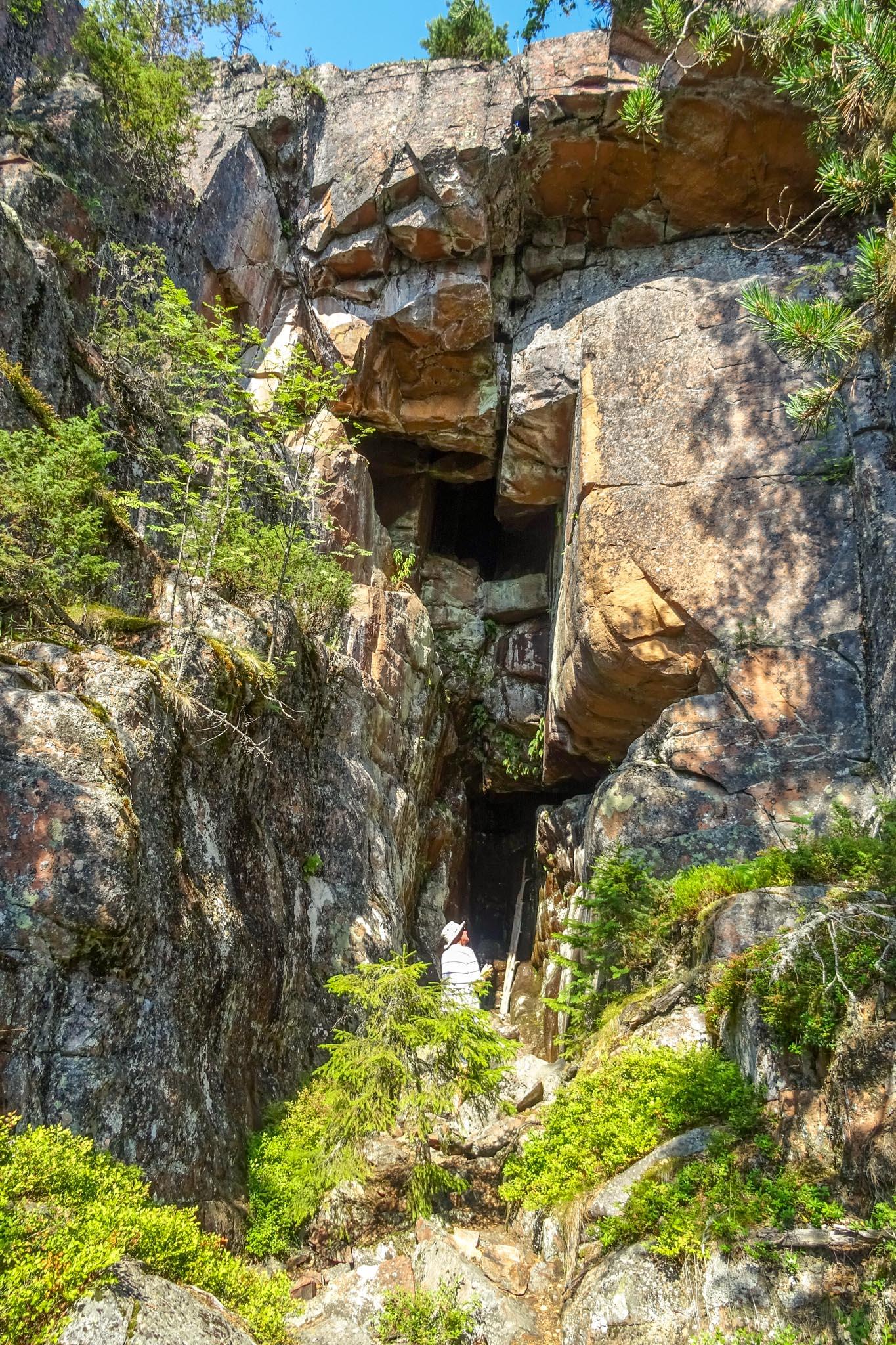 """""""Grotta"""""""