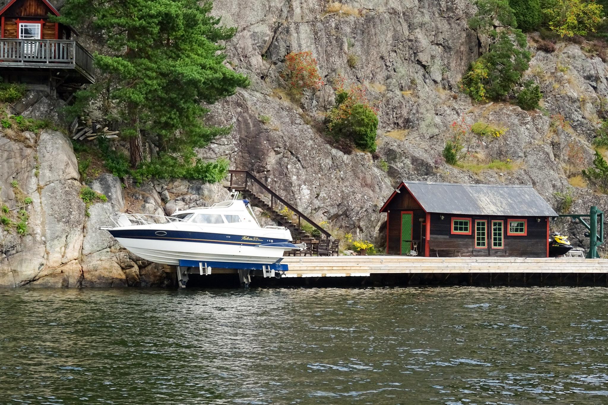 Bootshaus mit Bootlift