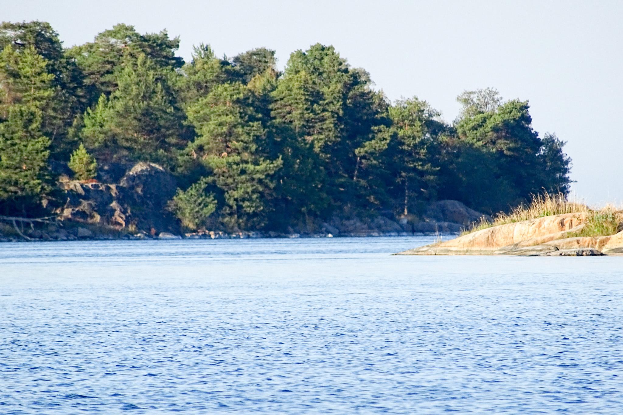 Einfahrt in die Lagune von Harstena