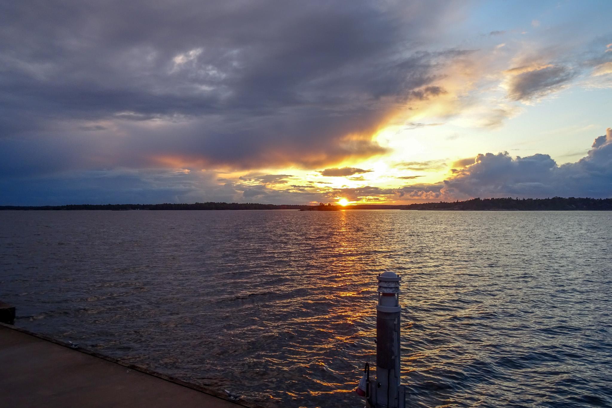 Sonnenuntergang in Idö