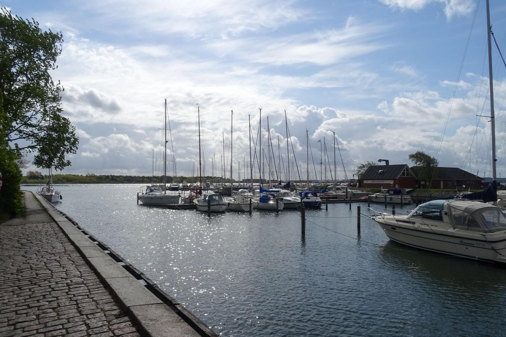 So schön ist es am Hafen von Nykobing ...