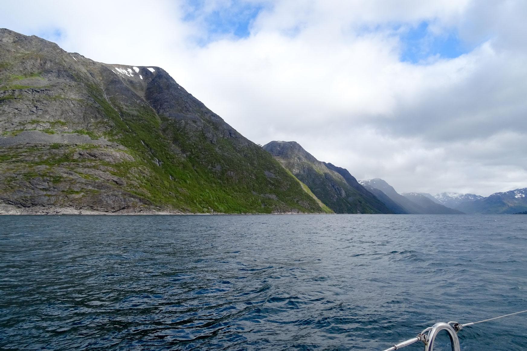 Einfahrt Joekelenfjord