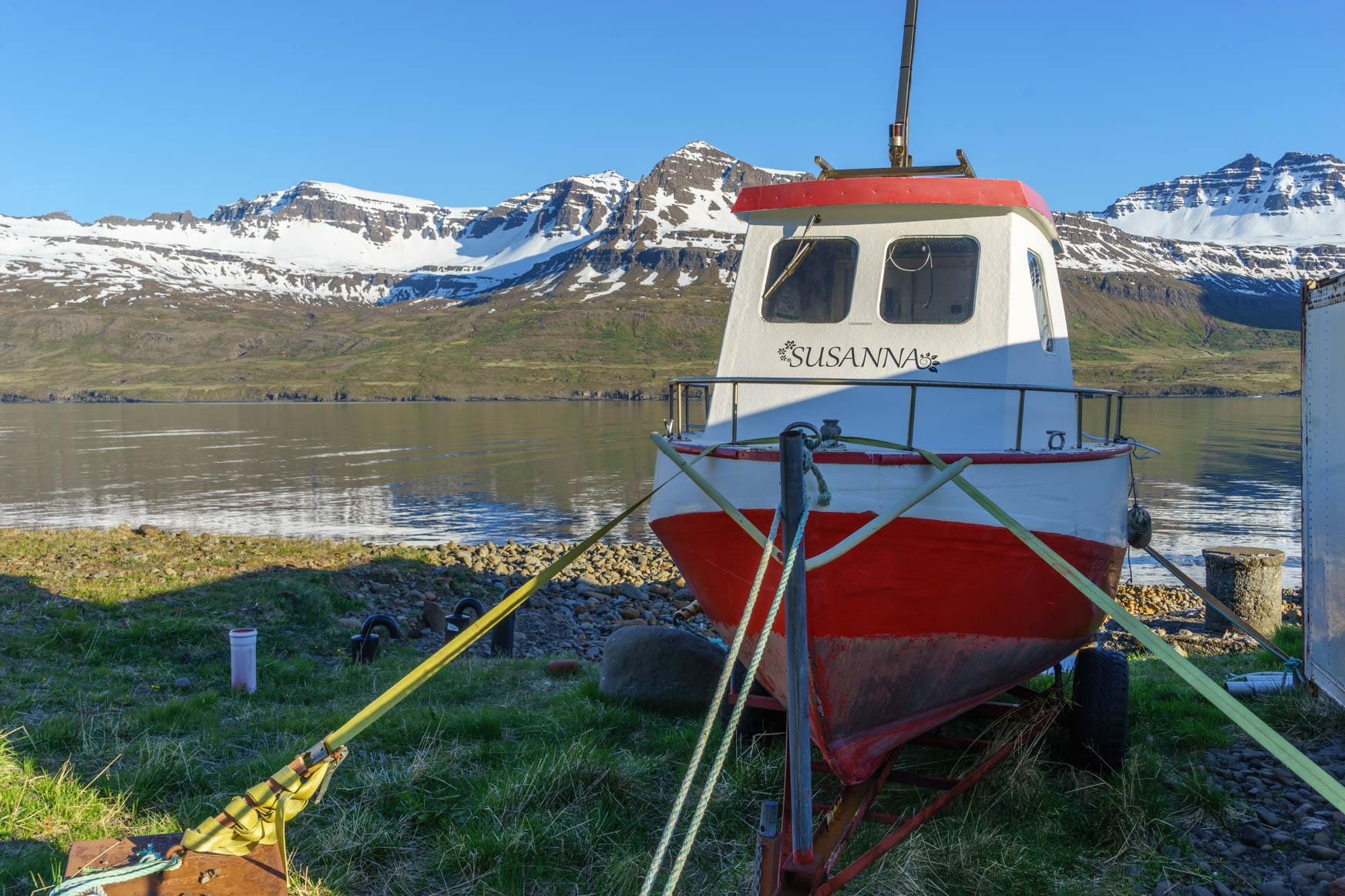 In Mjóifjörður