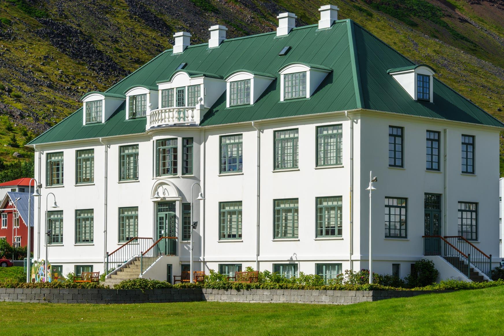 Bibliothek von Isarfjörður