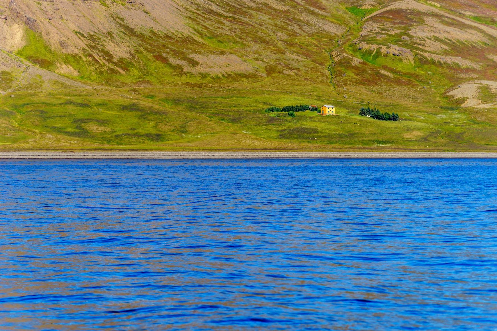 Aufgegebenes Haus im Arnafjörður