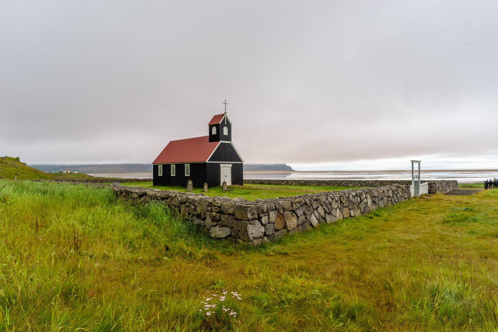 Kleine Kirche in Rauðasandur