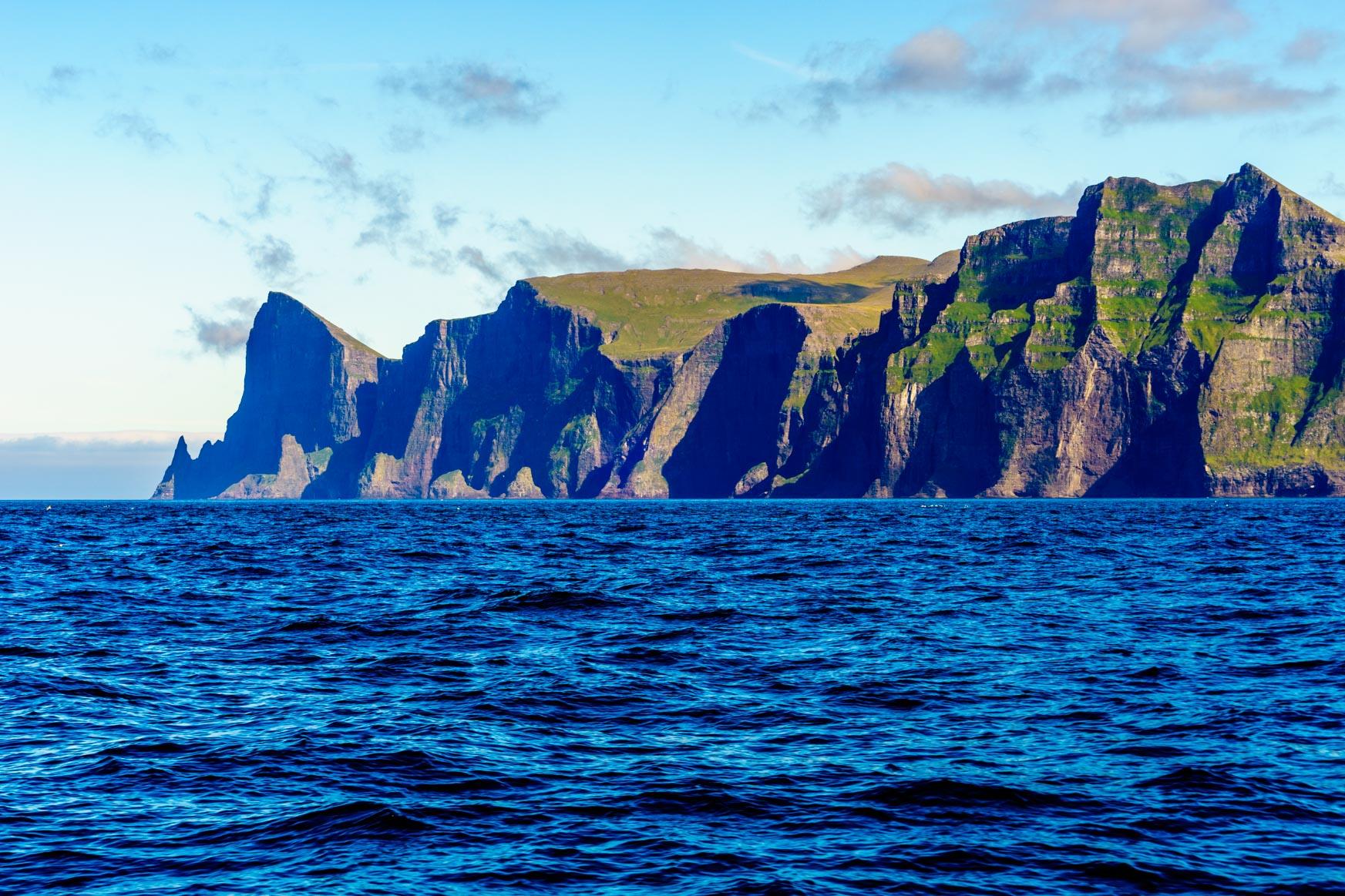 Auch die Färöer haben schöne Berge